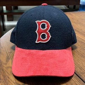 Other - Vintage Boston Red Sox Hat - Adjustable